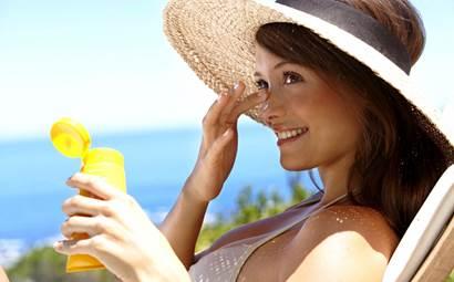 Советы отпускникам. Какие солнцезащитные крема лучше